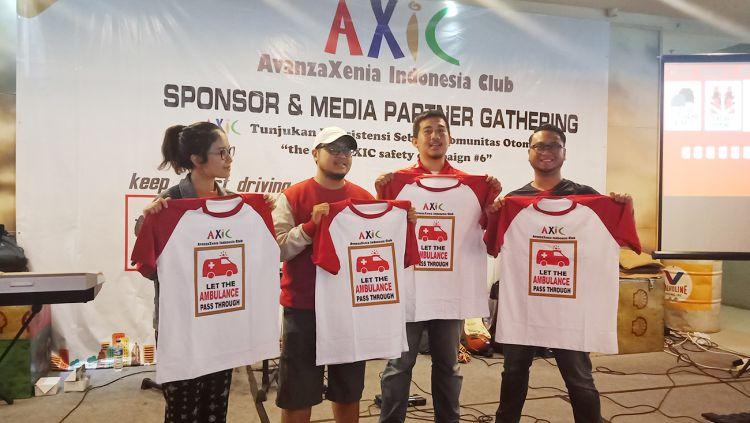 AXIC, Komunitas Otomotif Indonesia yang konsisten lakukan 'Safety Campaign'. Copyright: © AXIC