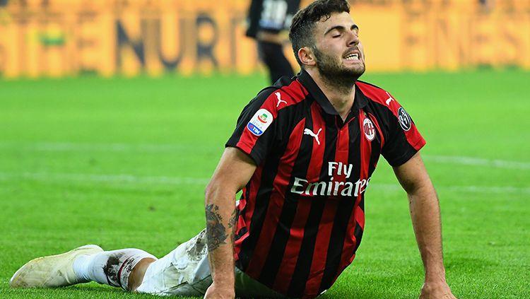 Patrick Cutrone saat tampil membela AC Milan melawan Udinese. Copyright: © Getty Images/Alessandro Sabattini