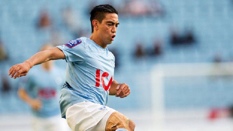 Indosport - Amin Nazari memiliki nilai pasaran yang lebih tinggi ketimbang sang kakak, Omid Nazari, yang bermain di klub Liga 1, Persib Bandung.