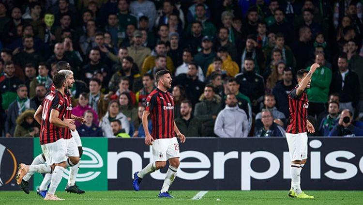 Para pemain AC Milan merayakan gol Suso. Copyright: © Aitor Alcalde/Getty Images