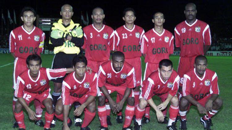 Skuat PSM Makassar saat menjadi juara di Liga Indonesia. Copyright: © INDOSPORT
