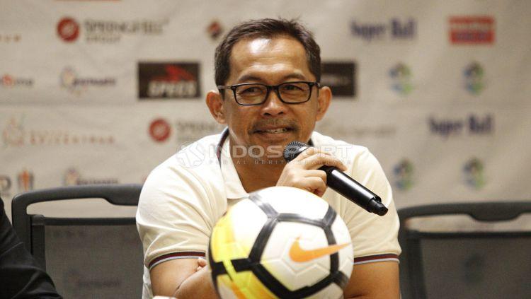 Pelatih Persela Lamongan, Aji Santoso. Copyright: © Herry Ibrahim/Indosport.com