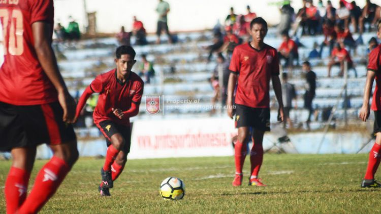 Pemain PSMP Mojokerto, Andre Dio berniat gantung sepatu selepas kekalahan dari Aceh United. Copyright: © PSMP Mojokerto
