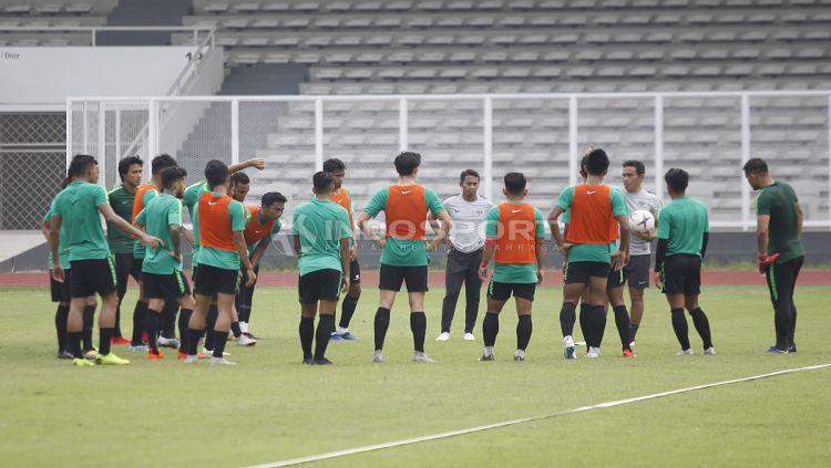 Latihan Timnas Indonesia jelang jawan Filipina. Copyright: © Herry Ibrahim/Indosport.com