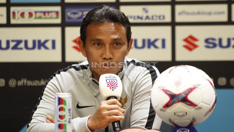 Bima Sakti, pelatih Timnas Indonesia. Copyright: © Herry Ibrahim/INDOSPORT