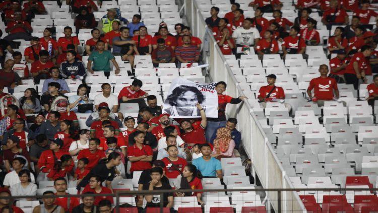 Dukungan suporter Timnas Indonesia Copyright: © Herry Ibrahim/INDOSPORT
