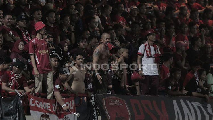 Suporter PSM Makassar. Copyright: © Abdul Aziz/INDOSPORT