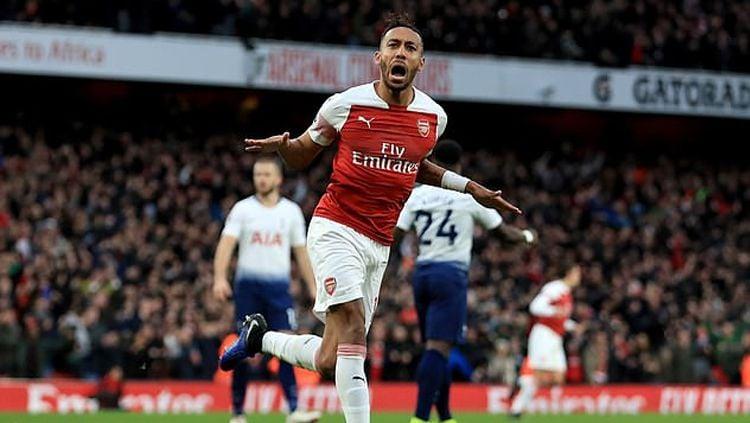 Stirker Arsenal Pierre-Emerick Aubameyang menebar ancaman soal perburuan top skor di Liga Primer Inggris 2018/19. Copyright: © Getty Images