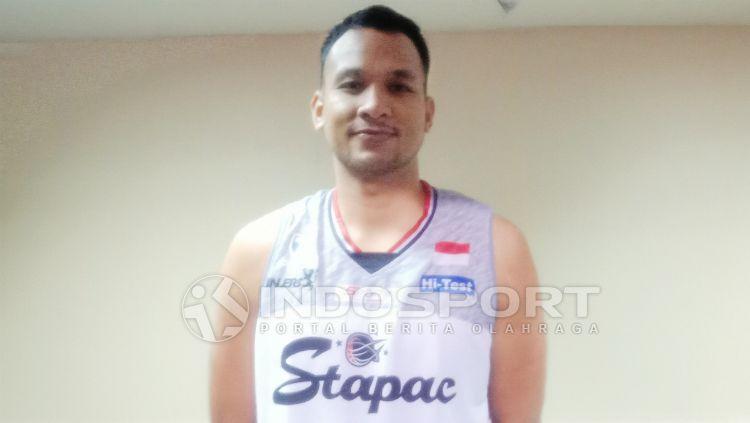 Kaleb Ramot Gemilang akhirnya memberi kabar terkait keadaan klubnya, Stapac Jakarta. Copyright: © Shintya Maharani/INDOSPORT