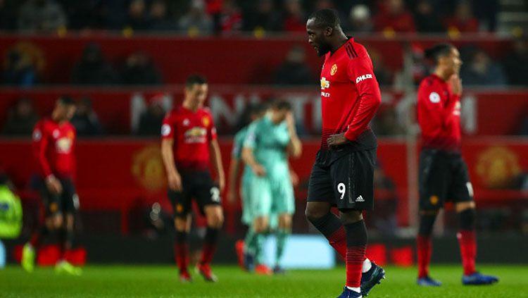 Ekspresi kekecewaan para pemain Manchester United saat mendapatkan hasil kurang memuaskan di awal musim 2018/19. Copyright: © Getty Images