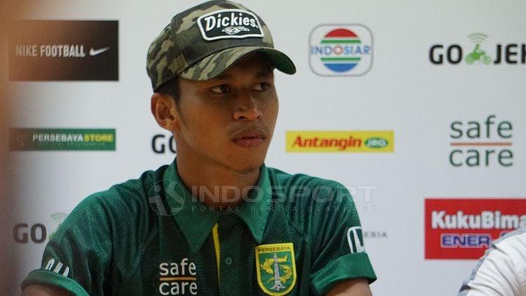 Osvaldo Haay saat konfrensi pers. Copyright: © Fitra Herdian/Indosport