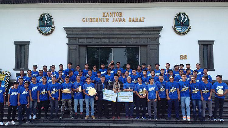 Pemerintah Jawa Barat apresiasi prestasi Persib U-16 dan U-19. Copyright: © Arif Rahman/INDOSPORT