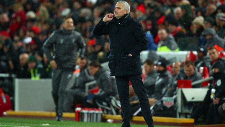 Jose Mourinho di laga melawan Liverpool Copyright: © Getty Images