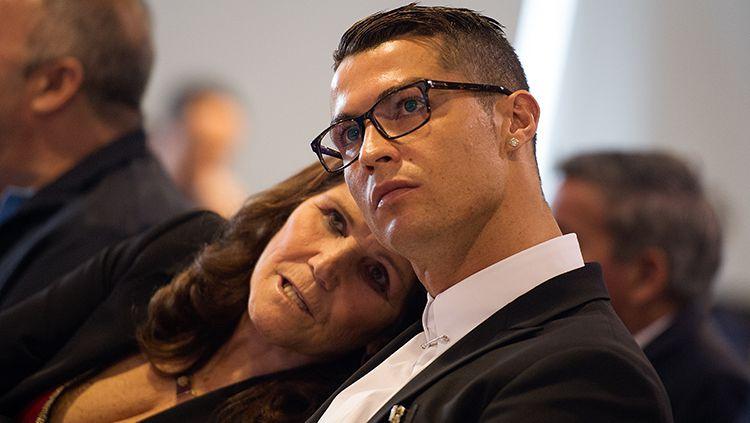 Cristiano Ronaldo dan Ibunya Copyright: © Indosport