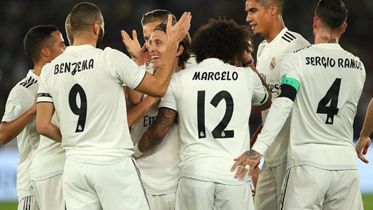 Para pemain Real Madrid merayakan gol AL Ain. Copyright: © Getty Images