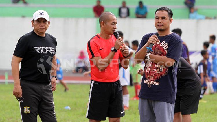 Haryadi (Kiri), Kurniawan Dwi (tengah) bersama Gendut Doni (kanan) Copyright: © Ronald Seger Prabowo/INDOSPORT