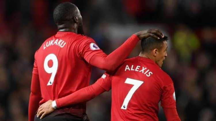 Buang pemain ini ke klub lain, Manchester United dianggap lakukan dosa besar. Copyright: © Goal