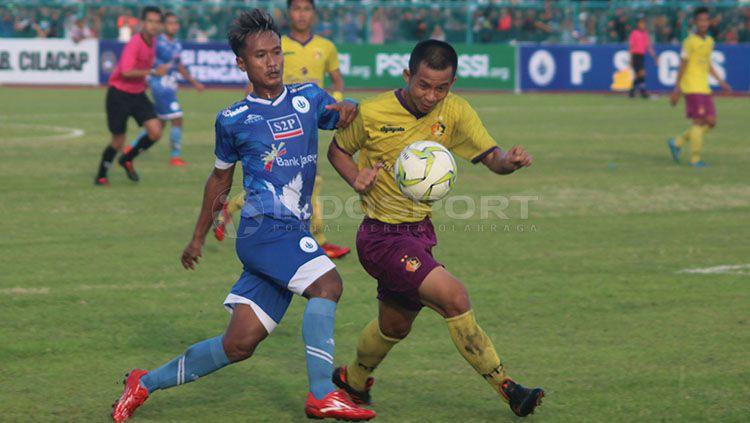 Persik Kediri juara setelah menang agregat, 3-2 atas PSCS Cilacap Copyright: © Ronald Seger Prabowo/INDOSPORT