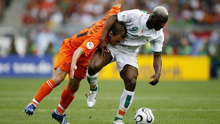 Arouna Kone saat tampil membela Pantai Gading di Piala Dunia 2006. Copyright: © Getty Images