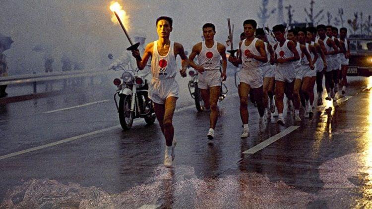 Obor Olimpiade Tokyo 2010 dibuat dari puing-puing alumunium bencana tsunami dan nuklir Fukushima Copyright: © Japan Times