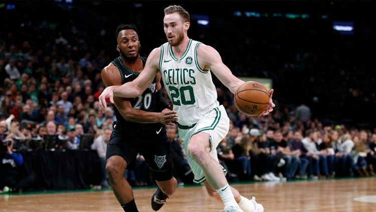 Aksi Gordon Hayward di Laga Celtics vs Wolves Copyright: © AS Today