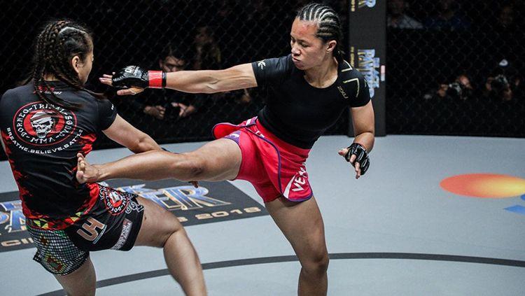 Petarung Indonesia Priscilla Hertati Lumban Gaol akan memulai tahun baru ini untuk merebut gelar juara di One Eternal Glory 2019. Copyright: © ONE Championship