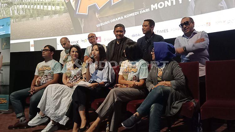 All Casts Lagi-lagi Ateng. Copyright: © Shintya Maharani/INDOSPORT