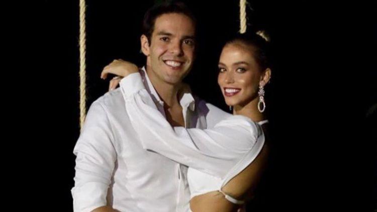 Legenda AC Milan, Ricardo Kaka dan istrinya Carolina Dias Copyright: © Instagram @kaka