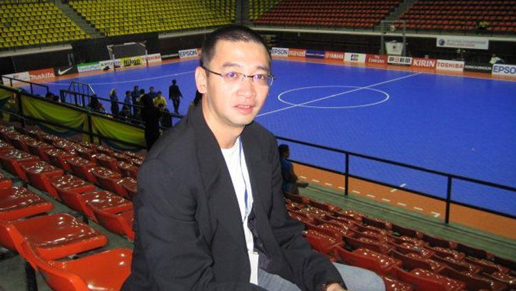 Pengamat sepak bola Justinus Lhaksana Copyright: © Istimewa