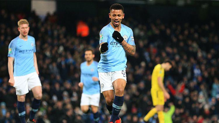 Gabriel Jesus cetak 4 gol ke gawang Burton. Copyright: © Getty Images