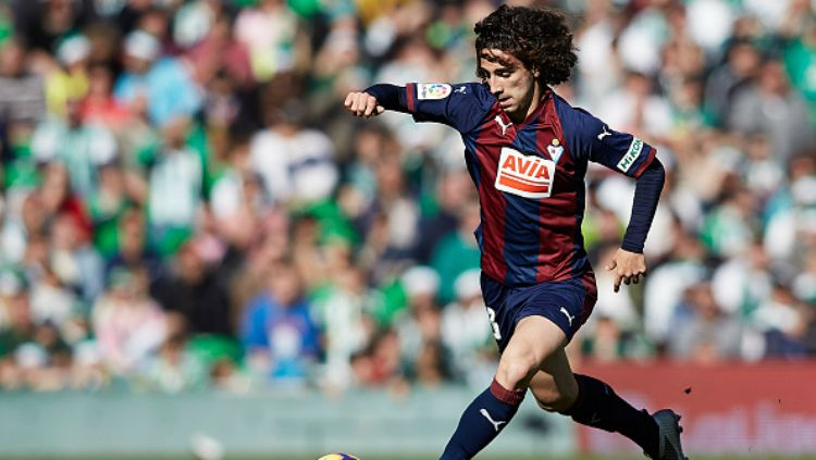 Barcelona berencana ingin membawa pulang kembali Marc Cucurella dari Getafe di bursa transfer musim panas mendatang. Copyright: © INDOSPORT