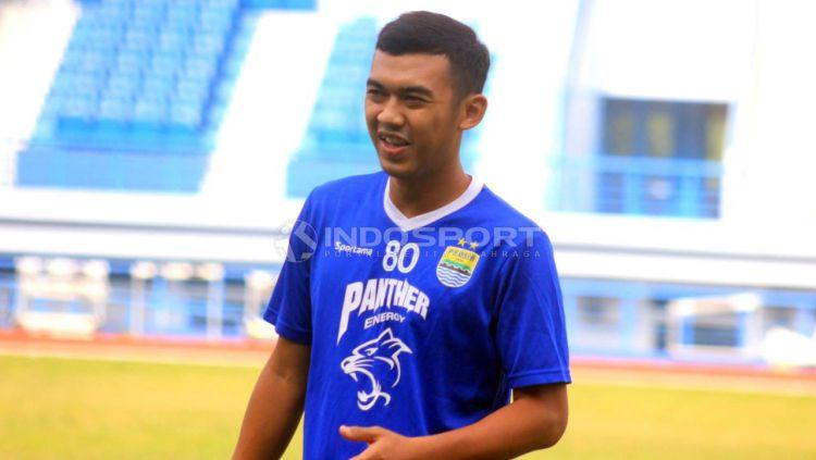 Pemain Persib Bandung, Abdul Aziz. Copyright: © Arif Rahman/Indosport.com