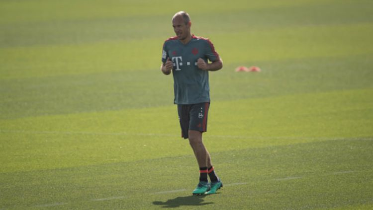Arjen Robben, gelandang serang Bayern Munchen saat sedang berlatih seorang diri. Copyright: © INDOSPORT
