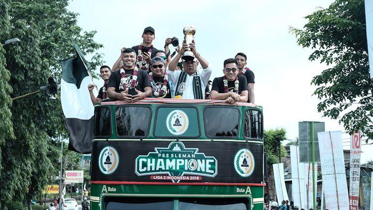 PSS Sleman saat merayakan gelar juara Liga 2 2018. Copyright: © Twitter/@BCSxPSS_1976