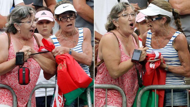 Dua Wanita yang Bertengkar di Australia Open 2019 karena memperebutkan headband Aryna Sabalenka Copyright: © Yahoo Sports