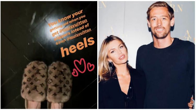 Abbey Clancy mendapat hadiah mahal dari sang suami, Peter Crouch. Copyright: © Instagram @abbeyclancyofficial