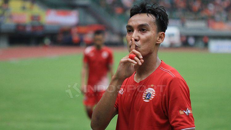 Gaya Novri Setiawan, setelah membuat gol untuk Persija Jakarta Copyright: © Muhammad Nabil/INDOSPORT