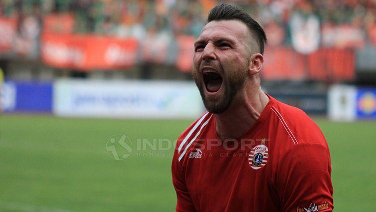 Selebrasi Simic setelah mencetak gol untuk Persija Jakarta Copyright: © Muhammad Nabil/INDOSPORT