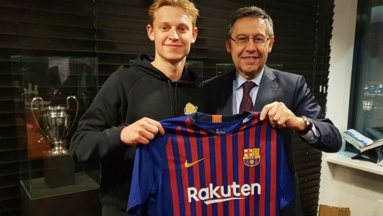 Gelandang anyar Barcelona, Frankie De Jong. Copyright: © FC Barcelona