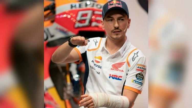 Jorge Lorenzo menjelaskan bagaimana bisa mengalami kecelakaan saat berlatih di Italia. Copyright: © HRC