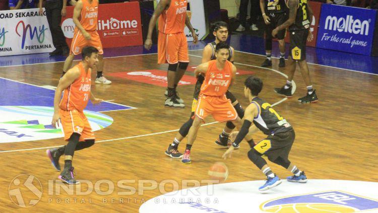 Prawira Bandung saat menghadapi NSH di GOR C-Tra Arena, Cikutra, Kota Bandung, Jumat (25/01/19). Copyright: © Arif Rahman/INDOSPORT