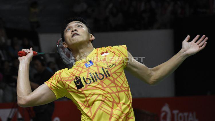 Jonatan Christie gagal melaju ke final Indonesia Masters 2019 usai ditundukan Antonsen. Copyright: © Herry Ibrahim/INDOSPORT