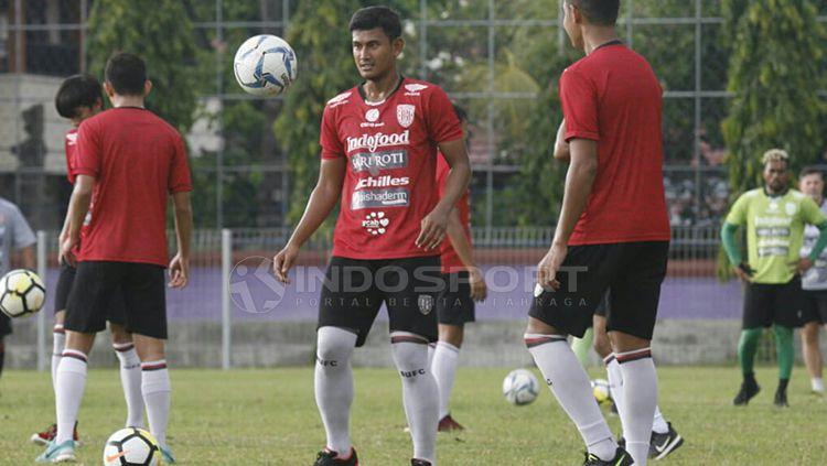 Haudi Abdillah jalani latihan bersama Bali United Copyright: © Ronald Seger/INDOSPORT