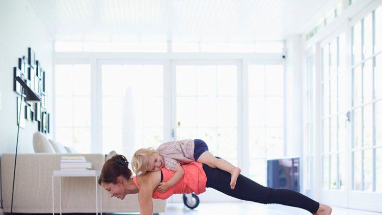 Gerakan ringan yang bisa dilakukan pasca persalinan Copyright: © Women's Health