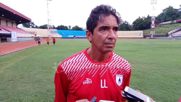 Pelatih Persipura Jayapura, Luciano Leandro. Copyright: © Sudjarwo/INDOSPORT