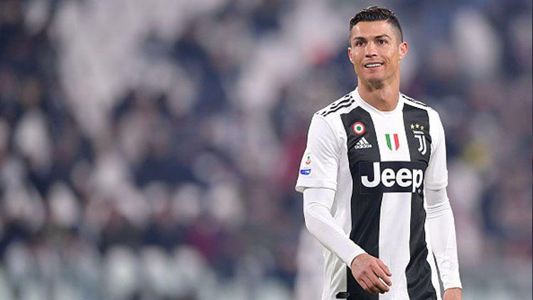 Cristiano Ronaldo diminta membawa Juventus meraih gelar juara Liga Champions musim depan. Copyright: © GettyImages