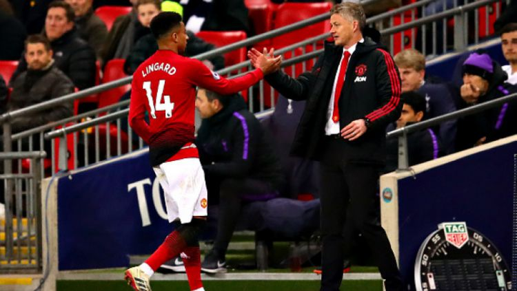 Jesse Lingard jadi korban Manchester United agar bisa turunkan Amad Diallo alias Lionel Messi muda di Liga Inggris. Copyright: © INDOSPORT