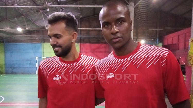 Dua rekrutan anyar Persipura asal Brasil, Wallacer de Andrade Medeiros dan Andre Ribeiro Copyright: © Sudjarwo/INDOSPORT