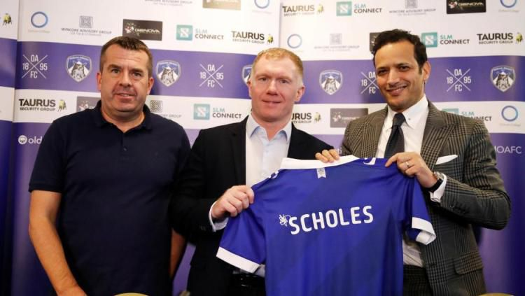 Paul Scholes resmi latih klub Liga Dua Inggris, Oldham Athletic. Copyright: © The Sun