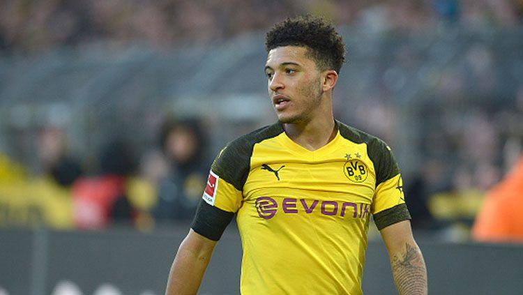 Jadon Sancho menegaskan jika dirinya tetap akan bertahan di Borussia Dortmund meskipun banyak tawaran dari Manchester United. Copyright: © GettyImages